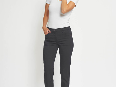 Snygga, sköna jeans som HÅLLER färgen 😍