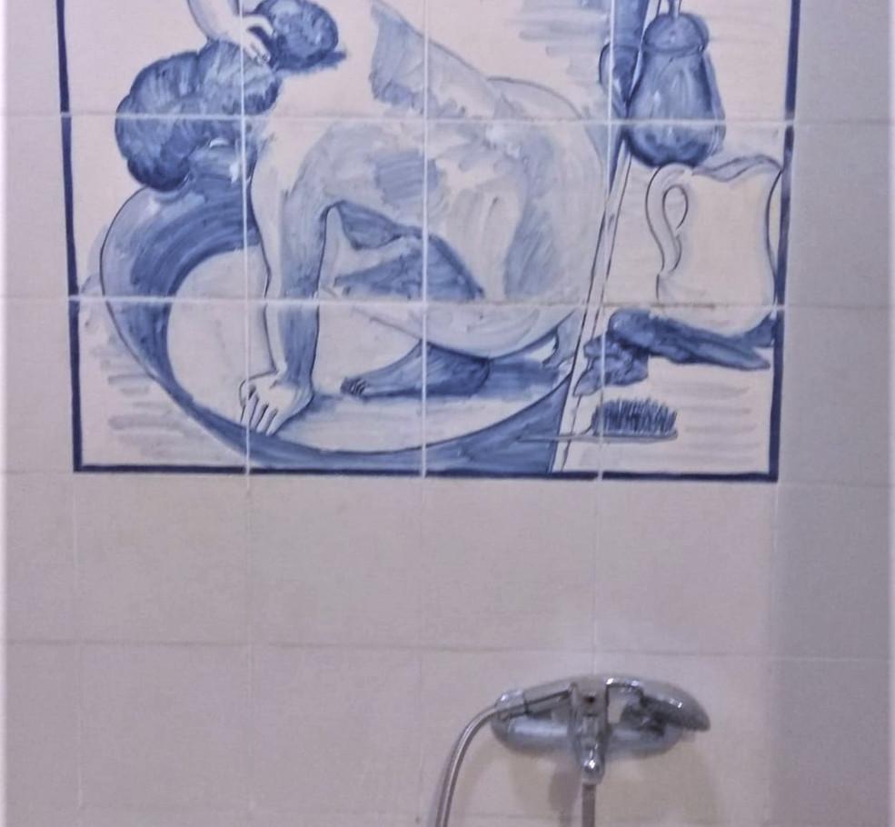 רנואר אמבטיה.jpg