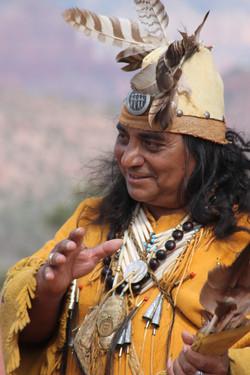 mario blackwolf, apache medicine per