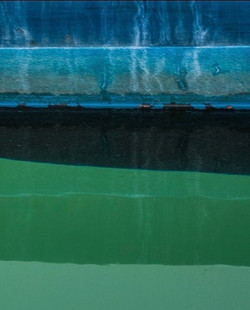 DEEP BLUE KEEL #keel #blue #green #ship #yacht #boat #barca #bateau #sailing #sailboat #voilier #mar