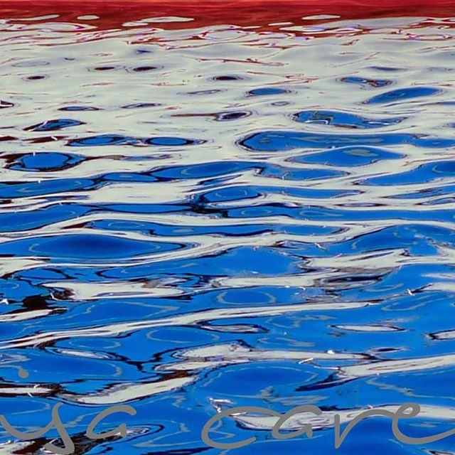 #americanbeauty #americanflag #floatingamerica #marinaart #boatinglife ##july4th #4thofjuly #blockis