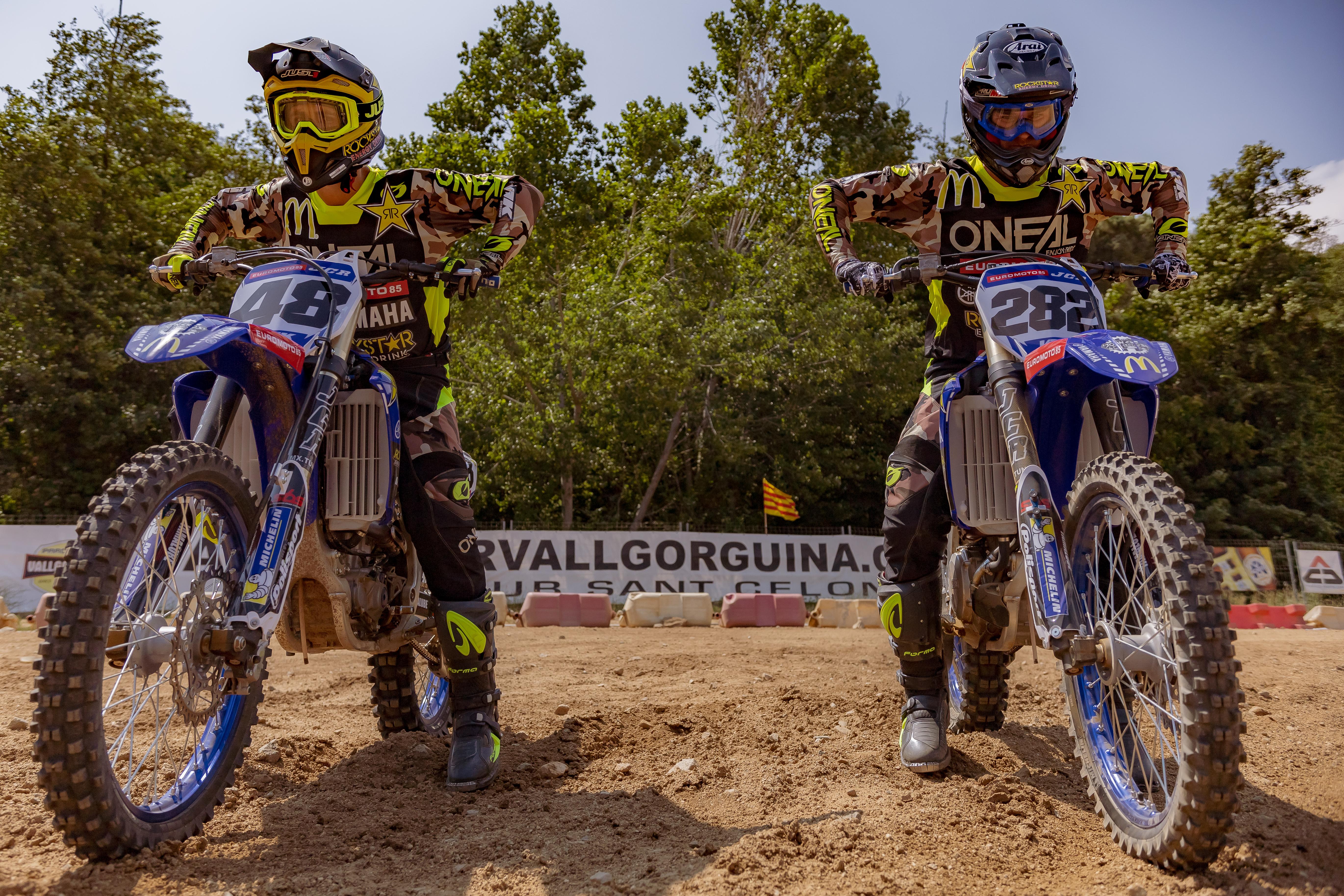Team JCR con Yamaha Bermúdez