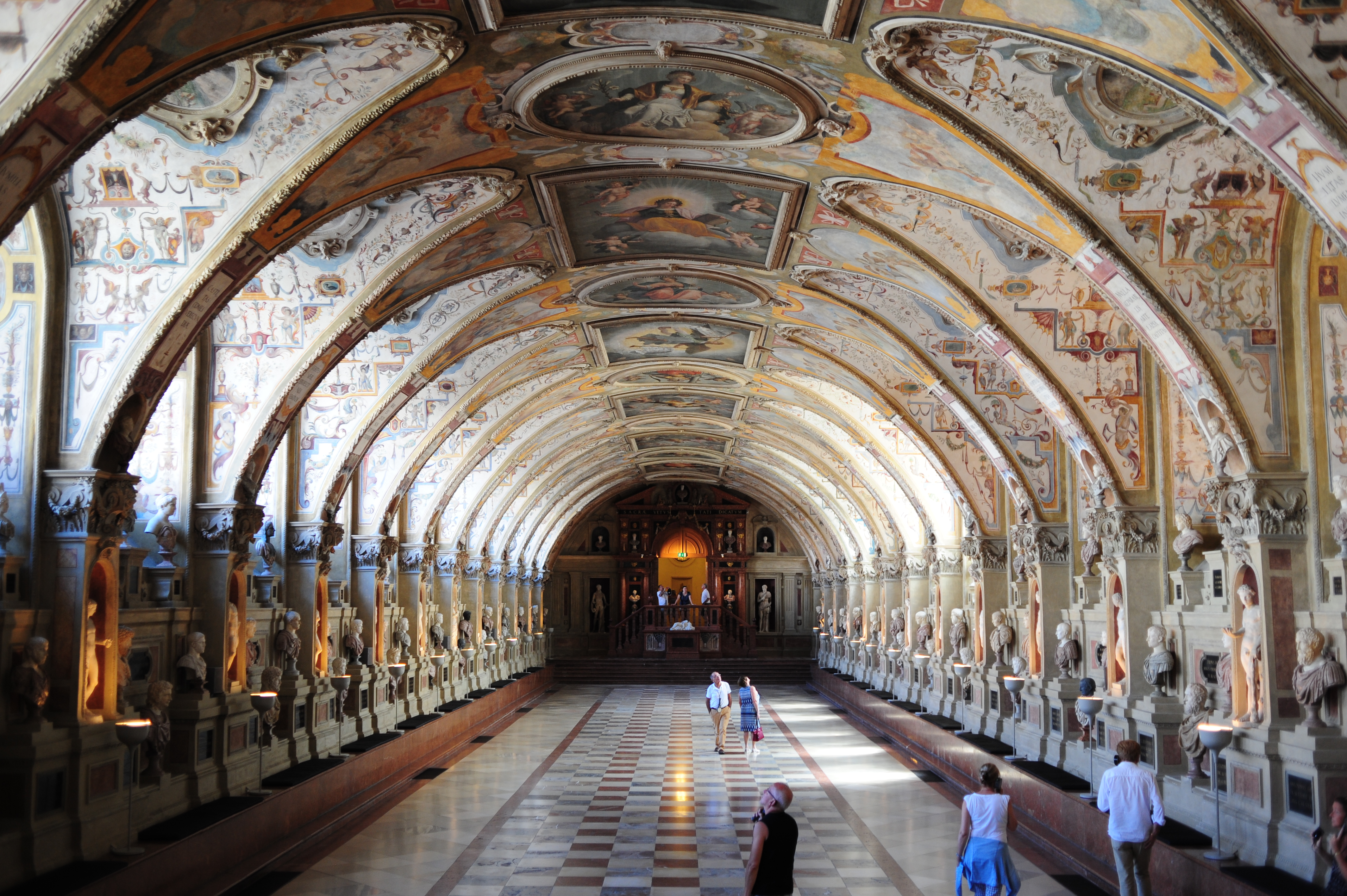 Antiquarium inside Residenz, Munich