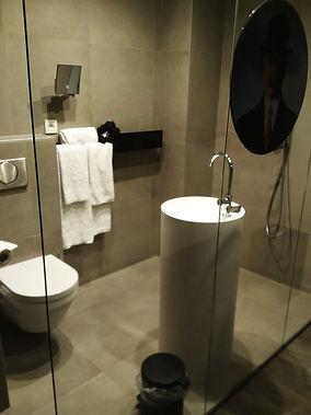 Hotel Portinari Bruges bathroom