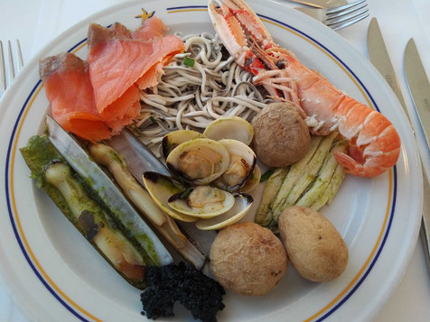 Iberostar Bouganville Playa buffet restaurant - seafood day