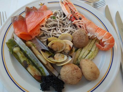Iberostar Bouganville Playa buffet restaurant - seafood day