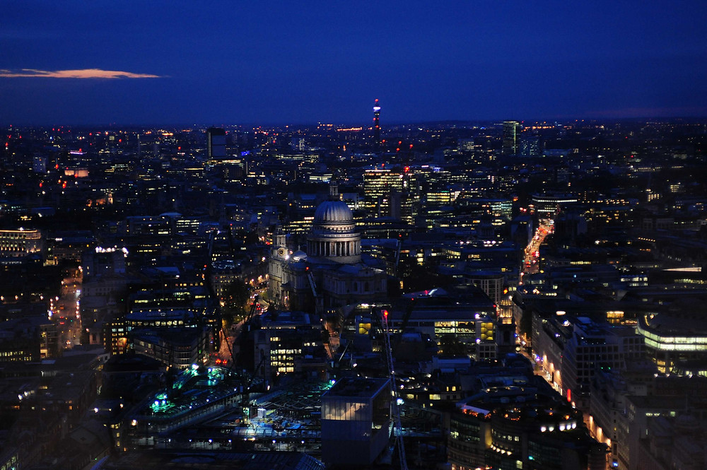 Instagram worthy places in London: View over Central London from the Sky Garden