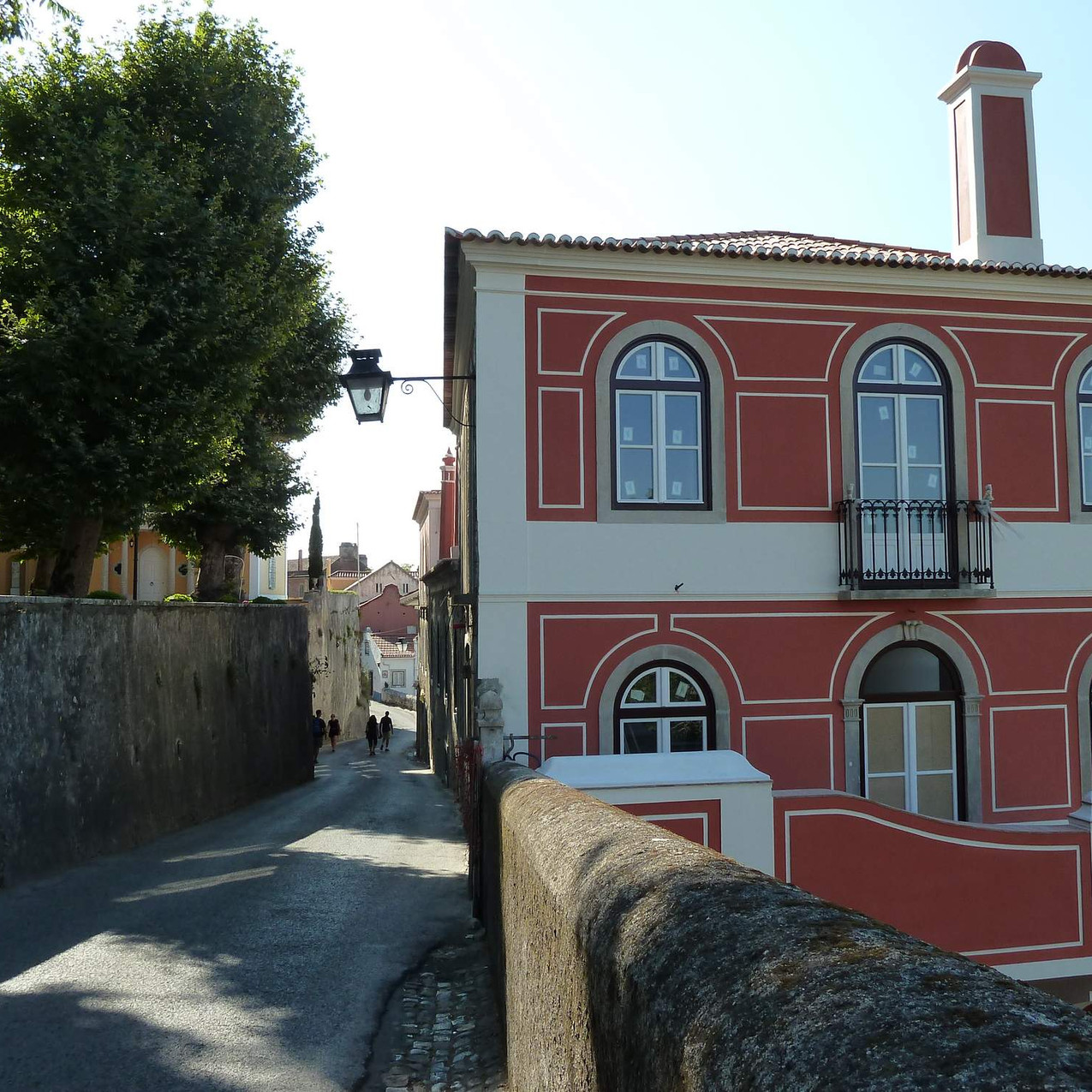 Walk from Moorish castle to Sintra town