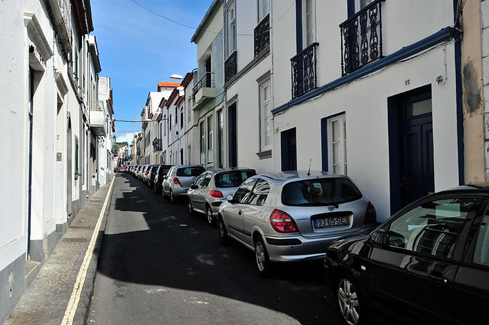 Sao Miguel travel guide - A narrow street in Ponta Delgada, Azores