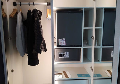 Vincci Mercat hotel review - wardrobe, minibar and safe