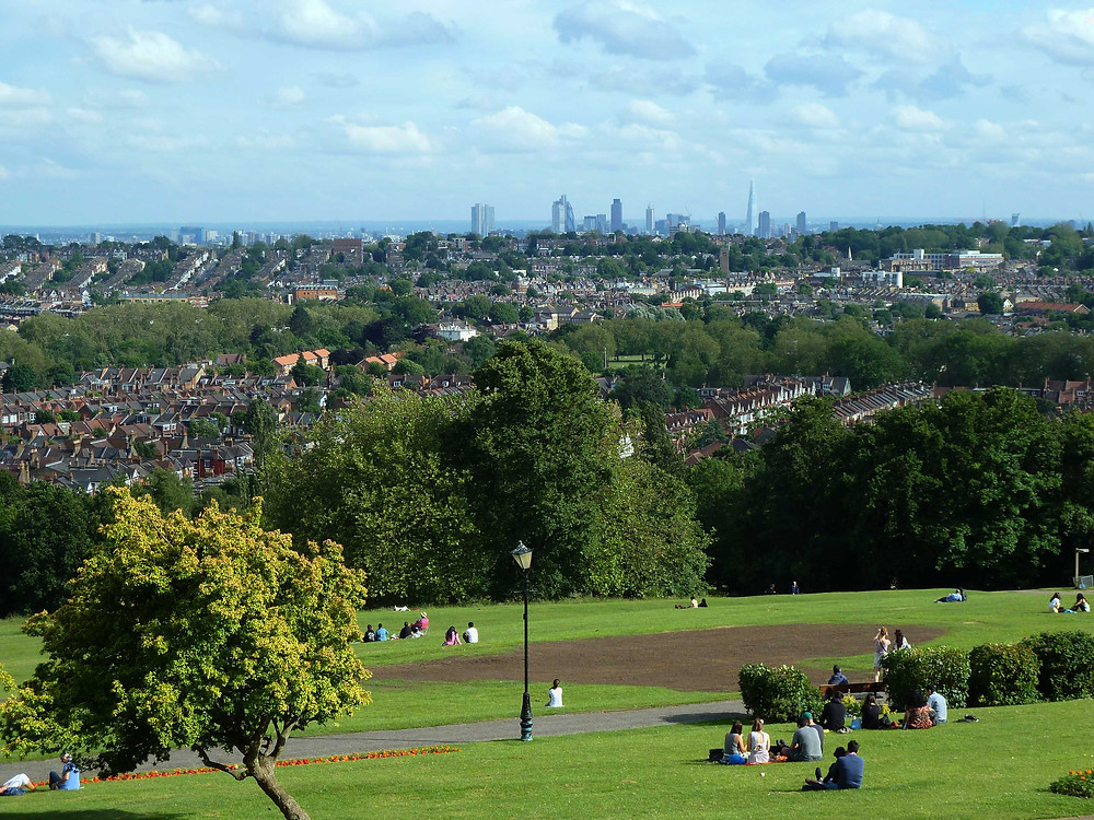 Instagram worthy places in London: View over Central London from Alexandra Palace