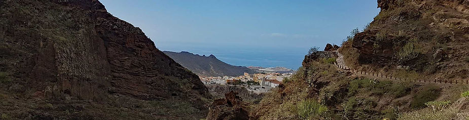 Walking in Tenerife - Hiking Barranco del Infierno