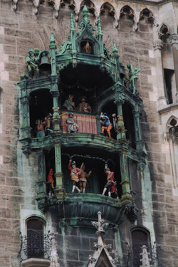 Glockenspiel in the Neues Rathaus tower