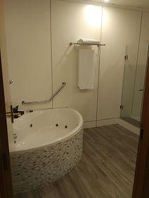 Sandos Papagayo Resort Lanzarote Royal Elite Junior Suite bathroom
