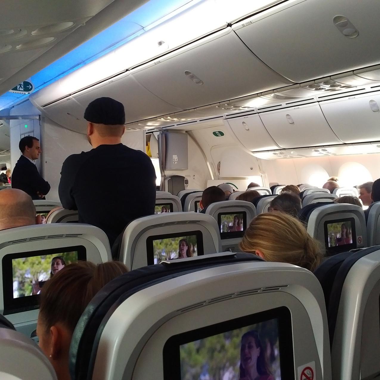 Thomson Boeing 787 Dreamliner cabin
