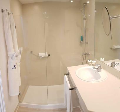 Iberostar Bouganville Playa room - bathroom