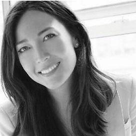Heidi Lee Komaromi