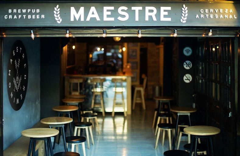 Cerveceria-Maestre-brewing.jpg