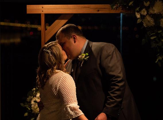 LJ-hobart-wedding-photographer-9.jpg
