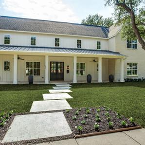Transitional Farmhouse Design