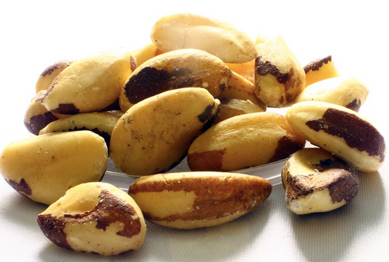 ABC Nutrition on Celebrating Selenium with 6 Brazil Nuts