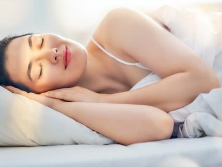 É normal acordar com a mão dormente?