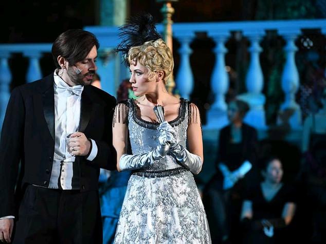 La vedova allegra, Valencienne and Camille