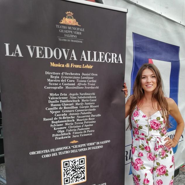 La vedova allegra, Salerno