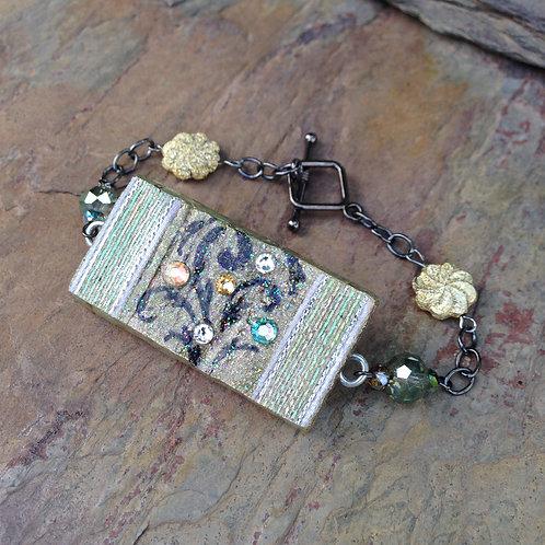 Iridescent Flourish Bracelet