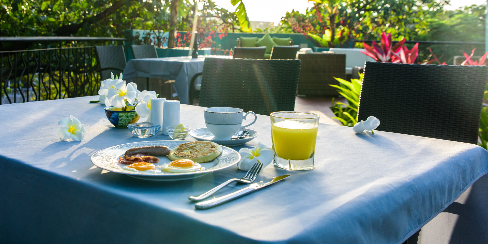 Breakfast with the sunrise