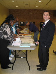 First time voting in a US presidental election, Chicago (2008)