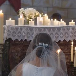 Bougies sur l'autel