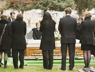 A comparison approach to decide on the pre-paid funeral plan