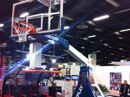 Vendita e posa Impianti basket 1livello FIBA .