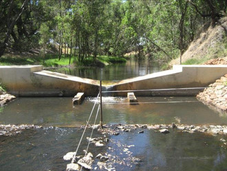 07094 - Gauging Weir.jpg