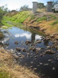 09002 - Gauging Weir.jpg