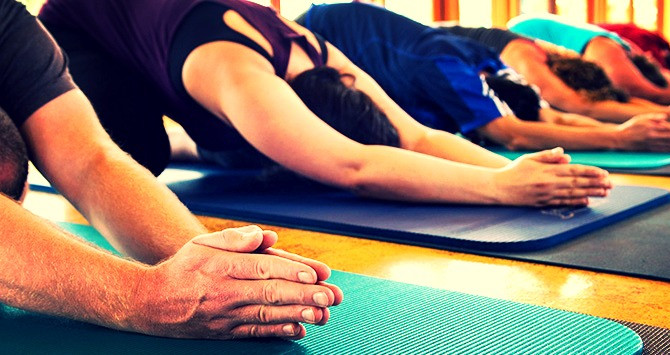 Ochtendyoga, keeps you strong, light and moving forward.