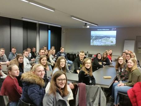 """Fahrsicherheitstraining """"Safety and Fun"""" am Nürburgring absolviert"""