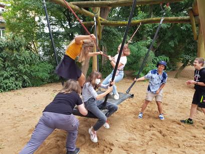 Viel Natur auf kleinem Raum – Zoobesuch der achten Klassen in der Domstadt