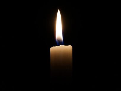 Wir trauern um unsere Lehrerin Petra Knelke - Information zur Trauerfeier