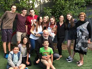 Ευτυχισμένος παππούς ο Ονούφριος Γοροζίδης, με το 13ο εγγονάκι του, ποντιοπούλ' της Αυστραλίας!