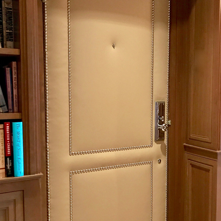 French Finish_Upholstered Door with Nail