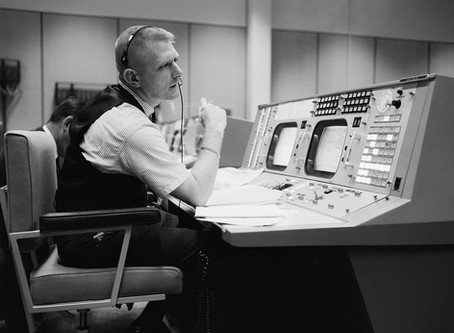 Iconic NASA Flight Director, Gene Kranz, Visits Stafford Museum