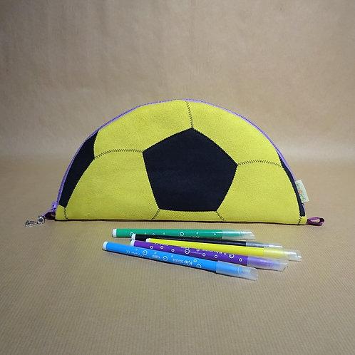 Trousse ballon de foot suédine jaune/noir doublée toile violette