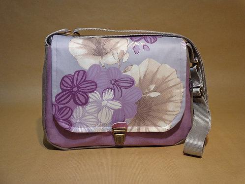 Sac à main besace violet et taupe, 3 poches dont une zippée, en suédine et toile