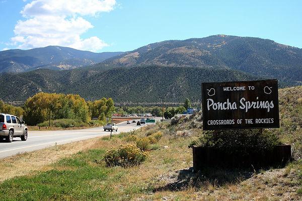 poncha_springs_0001_welcome_sign.jpg