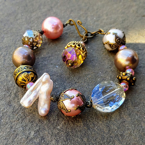 Pink Pop Vintagebrass Bracelet