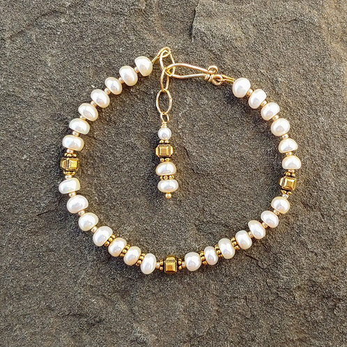White Pearl Bracelet with Golden Beads
