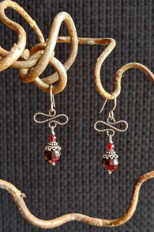 Twisted Wire Betsy Garnet Earrings