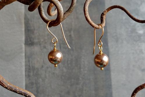 Simple Neutral Pearl Earrings